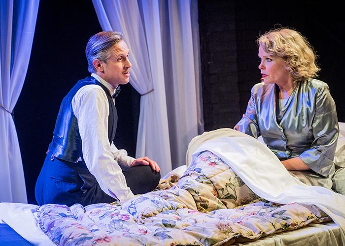 """Ian Hallard and Sara Crowe in """"Shadow Play"""""""