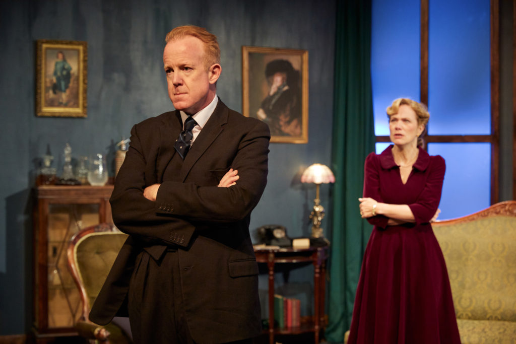 """Ian Kelly and Abigail Cruttenden in """"Black Chiffon"""" at the Park Theatre"""